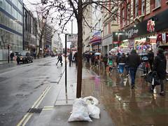 20180121T14-20-43Z-_1212239 (fitzrovialitter) Tags: england gbr geo:lat=5151588500 geo:lon=013711000 geotagged soho unitedkingdom westendward peterfoster fitzrovialitter rubbish litter dumping flytipping trash garbage urban street environment london streetphotography documentary authenticstreet reportage photojournalism editorial captureone littergram exiftool olympusem1markii mzuiko 1240mmpro ultragpslogger city