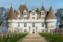Monbazillac Castle : Dordogne : Périgord : France : Nikon D4 : Nikkor 28-300 mm VR (Benjamin Ballande) Tags: monbazillac castle dordogne périgord france nikon d4 nikkor 28300 mm vr