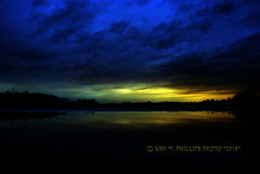DSC_0121_TXTCPYRTKWP2018_W (KEN W. PHILLIPS PHOTO) Tags: coolclouds clearingskies cloudscapes artistic beautifulskies colorfulskies eveningskies eveningglow eveningreflections eveningsplendor dramaticskies fireryskies justaddwater kenwphillipsphoto lakes redskies reflections riversystem skyline sunsets sunsetoverwater sunset horizon naturesbeauty naturallight magicalmoments orangeskies outdoor purpleskies pinkskies waterreflections water raysofsunshine rain frozenlake ice michigan yellowskies