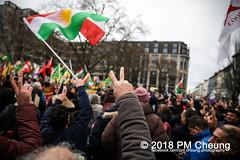 Demonstration: Von Kreuzberg nach Afrin - Tod dem Faschismus! Solidarität mit Rojava! – Berlin - 04.02.2018 – IMG_9118 (PM Cheung) Tags: toddemfaschismusdefendafrinlangleberojava berlin 04022018 rojava ypg ypj volksverteidigungseinheiten frauenverteidigungseinheiten repression sohr afrin efrîn türkei militäroffensivetürkei operationolivenzweig yekîneyênparastinajin manbidsch alqaida yekîneyênparastinagel operasyonunzeytindalı fsa demonstration kurdistan hermannplatz antifa 2018 pomengcheung polizei türkischenationalisten pmcheung interventionistischelinke oranienplatz ypgstattspd mengcheungpo facebookcompmcheungphotography vonkreuzbergnachafrintoddemfaschismussolidaritätmitrojava kurden pkk demo protest kundgebung präsidentreceptayyiperdoğan kriegspolitik rûbar solidaritätsdemonstration berlinkreuzberg neukölln russland usa syrien westkurdistan nordkurdistan bürgerkrieg anadolu autonomieregion syrischendemokratischenkräftesdf islamischerstaatis daesh stopptergogan topberlin afrinnotalone b0402 internationalistischedemonstration afrinoperation afrinunderattack defendafrin