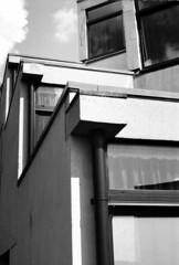 Corner (JayMG) Tags: fp4 uea ziggurat