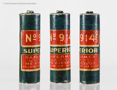 SUPERIOR No. 914, 1.5V battery, late 40´s, HECHO EN MÉXICO (Made in México) by BATERMEX U. C. P. R. S. (José Gustavo Sánchez González) Tags: gustavo josegustavo transistorradio accessories accessoriesmiscellaneous batteries battery superior no914 méxico batermex