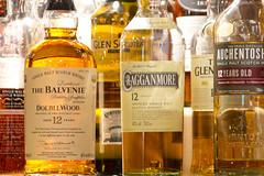 Whisky paradise (kalakeli) Tags: thejames whisky whiskey wateroflive langzeitbelichtung longexposure doublewood cragganmore auchentoshan