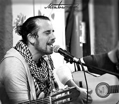 Cristian Chabeta en concierto (Raúl Gallego Huete) Tags: olympus m10markiii portrait flamenco cantaor concierto blackandwhite byn guitarra