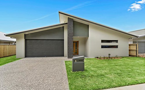 88 North Solitary Dr, Sapphire Beach NSW