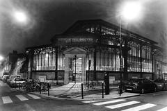 Marché des Douves - Bordeaux (Desmo.fr) Tags: marché marchédesdouves bordeaux bw noiretblanc blackandwhite iphone night 33 market france gironde