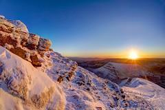 Keep on trying ( Sechs freunde ) (pauldunn52) Tags: pen y fan brecon beacons wales cribyn snow sunrise