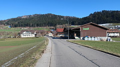 Brenzikofen, 14.2.18 (ritsch48) Tags: brenzikofen kantonbern stationsstrasse landi