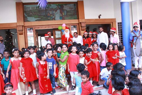 "KG Christmas Celebrations 2017-18 • <a style=""font-size:0.8em;"" href=""http://www.flickr.com/photos/141568741@N04/24983563167/"" target=""_blank"">View on Flickr</a>"