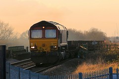EWS-DB Cargo 66175 2nd February 2018 Thorne South (asdofdsa) Tags: thornesouth railway staition southyorkshire southend transport trains locomotive loco dm class66 freight cargo trackside tracks ews dbcargo