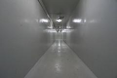 Pasillo de bunker del Palacio de la reunificación. (pablocba) Tags: pasillo palacio reunificacion ho chi minh hochiminh emount lenses sony ilce6000 a6000 reunification palace saigon vietnam bunker corridor history historia