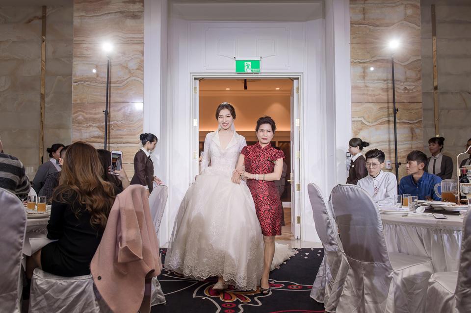 婚攝 高雄林皇宮 婚宴 時尚氣質新娘現身 S & R 119