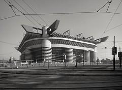 MILANO, STADIO MEAZZA (2008) (Rutamatt) Tags: milan italy lombardy stadio sansiro meazza building architecture sport canon10d 2008