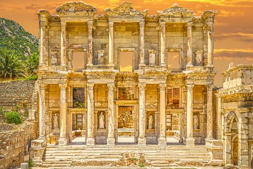 Celsus Library (Celsus Kütüphanesi)