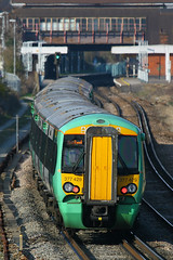 377429, Gatwick Airport, March 18th 2009 (Southsea_Matt) Tags: 377429 class377 electrostar bombardier goahead govia gtr southernrailway emu electricmultipleunit gatwickairport sussex england unitedkingdom march 2009 spring canon 80d 24105mm train railway railroad passengertravel publictransport vehicle