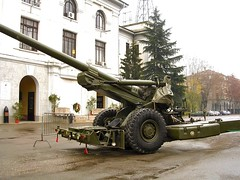 "FH-70 155mm Field Howitzer 4 • <a style=""font-size:0.8em;"" href=""http://www.flickr.com/photos/81723459@N04/28076278269/"" target=""_blank"">View on Flickr</a>"