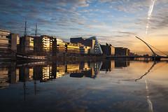 Dublin (Lars Øverbø) Tags: canoneos5dmarkii canon24105f4lis irland dublin liffey river city cityscape samuel beckett bridge convention center old boat water morning sunrise