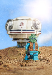 Arrival (that_brick_guy) Tags: starwars star wars sand spaceship speeder tatooine desert episode4 episodeiv episode 4 iv anewhope new hope greedo legostarwars lego legominifigure legominifig bountyhunter bounty hunter minifig minifigure rodian greengreedo ubrikian ubrikian9000 9000 nikon dslr d7200 nikkor 18g primelens prime lens macro toyphotography toy photography moseisely mos eisely spaceport arrival landing arrive arrives