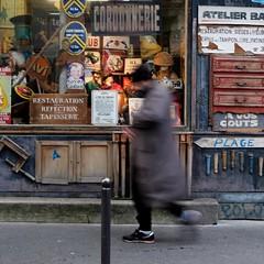 Towards the beach ( blur walkers ) (Jean-Marc Vernier) Tags: blur flou walk streetview streetwalk streetphotography streetphotographer street urban city fujifilm fujixt20
