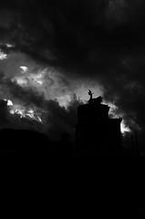 Veni..Vidi...Vici (Claudio Taras) Tags: claudio contrasto controluce nikon rom roma bw bokeh biancoenero bokehlicious black bokelicious street shadow streetshot silhouette taras monocromo cielo drammatico