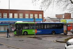 TD 2772 @ Swindon bus station (ianjpoole) Tags: thamesdown swindons bus company alexander dennis enviro 200mmc hf67atn 2772 western enterprise working route 5 haydon wick orbital park cavendish square north