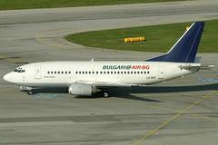 Bulgaria Air Boeing 737-530 LZ-BOI (c/n 25311) Still in basic Lufthansa-colors. (Manfred Saitz) Tags: vienna airport schwechat vie loww flughafen wien bulgaria air boeing 737500 735 b735 lzboi lzreg