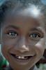 Ethiopia : Kibish, portrait #1 (foto_morgana) Tags: africa afrika afrique analogphotography analogefotografie caractère character childhood editorialonly ethiopia ethnic ethnie etnia etniciteit eyes girl glimlach jeugd jeune jeunesse jong juventud karakter kibish nikoncoolscan nomodelrelease omovallei omovalley outdoor people persoonlijkheid photographieanalogue portrait portret siurma smile sourire suri travelexperience tribal tribe vallebajodelomo valléedelomo vuescan young youth
