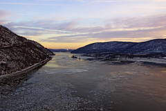 Fridgid (thetrick113) Tags: weeksmarine weeks533 cranebarge marinecrane marineconstruction shelby tugboatshelby dannoceantowing sarahdann tugboatsarahdann river hudsonriver tugboat bearmountainbridge hudsonvalley hudsonhighlands hudsonrivertugboat hudsonrivervalley sonyslta65v sunset winter 2018 winter2018 ice hudsonriverice orangecountynewyork westchestercountynewyork putnamcountynewyork