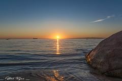 I love this moment (Bilel Tayar) Tags: sunrise sun light sea seascape water sky morning algeria annaba mediteranean mediteranée soleil lever leverdesoleil algerie matin rivage paysage marin littoral blue bluehour heure heurebleue bleue bilel tayar photography nikon nikond5200 tamron18270 est algerien