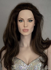 Angelina Jolie new life-size sculpture (Terry Minella) Tags: sculpture lifesize mannequinhead mannequin figure schaufensterfigur hollywood angelinajolie rootstein movies manichini cinema femalesculpture doll celebrity actress actrice scale11