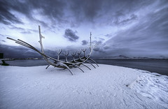 The sun voyager (StephanieB.) Tags: iceland islande hiver winter reykjavik solfar sunvoyager neige snow sculpture paysage landscape see mer atlantique ocean scandinavie scandinavia