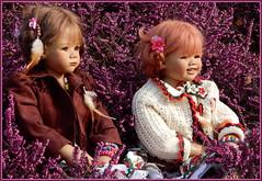 Milina und Sanrike ... (Kindergartenkinder) Tags: annette himstedt dolls sanrike gruga grugapark essen blume milina kindergartenkinder