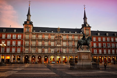 Plaza Mayor (Jocelyn777) Tags: square courtyard plaza plazamayor monuments madrid spain travel