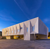 Palacio de Justiça de Gouveia 150827_0318_CN (CarNor) Tags: arquitetura architecture anoitecer white cement