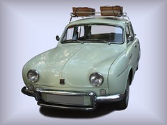 RENAULT DAUPHINE (1956-1968) (fernanchel) Tags: vehiculo ciudades coche car torrent clasico classic renault dauphine