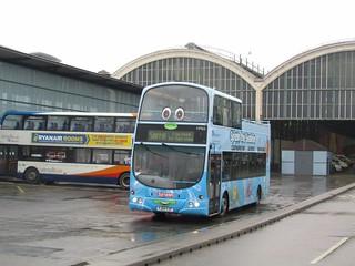 Stagecoach Hull (loan from Grimsby) 16965 YJ04FZF 'Splash' Hull Interchange on Interchange Anniversary shuttle (2) (1280x960)