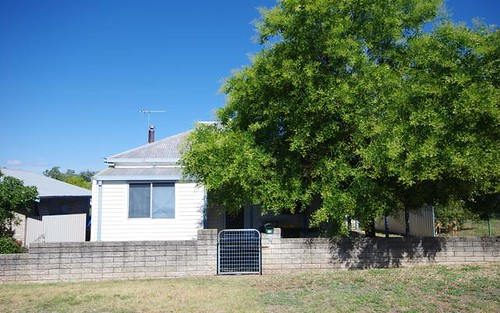 54 Darling Avenue, Cowra NSW