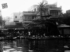 Marché (Didier Iceman) Tags: bnw blackwhite noiretblanc vietnam mekong delta