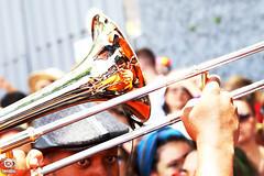 MAGNÓLIA (elcioparaiso) Tags: carnival carnaval fantasia folia streetphotography streetphotographer fotografiaderua