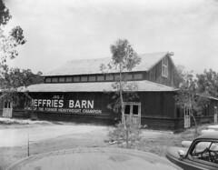 Jeffries Barn, Knott's Berry Farm, 1955 (Orange County Archives) Tags: orangecountyarchives orangecounty orangecountyhistory history historical california southerncalifornia knottsberryfarm buenapark