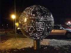 Licht Kunst Siakkou-Flodin (mo_metalart) Tags: lichtkunstwerk kugelkunst schülerprojekt langenargenkunst bodenseekunst langenargenkunstwerk mirkokunst mirkosiakkouflodin