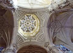 Catedral de Burgos Crucero interior de cimborrio 02 (Rafael Gomez - http://micamara.es) Tags: catedral de burgos crucero interior cimborrio
