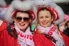 Eschweiler, Carnival 2018, 066 (Andy von der Wurm) Tags: karneval kostüm costume carnival mardigrass eschweiler 2018 kostüme kostueme nrw nordrheinwestfalen northrhinewestfalia germany deutschland allemagne alemania europa europe female male girl teenager smiling smile lachen lächeln lustforlife groove portrait lebensfreude verkleidung verkleidet dressed bunt colorful colourful karnevalsumzug karnevalszug carnivalparade andyvonderwurm andreasfucke hobbyphotograph funkenmarie funkenmariechen