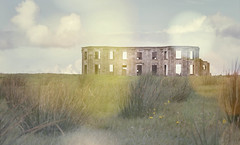 Donwhill house (Alexandra Kfr) Tags: derry ruins landscape house bokehs contrast nikon sky clouds yellow light