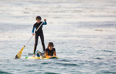 Play (qqzuo) Tags: paddleboarding kids girls twins sisters newyearsday asilomar pacificgrove california