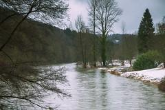 Romance en hiver (RIch-ART In PIXELS) Tags: lasemois chiny belgium belgique ardennes river riverside snow neige forest tree sky leicadlux6 leica dlux6 water hills winter hiver