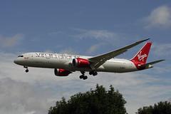 G-VBZZ (FabioZ2) Tags: londra virginatlantic boeing 7879 cn37976 atterraggio