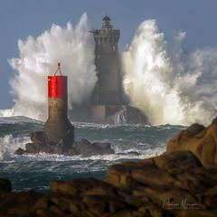 Nouvelle cuisson pour le Four (philippe MANGUIN photographies) Tags: phare four pharedufour fionn tempête bretagne finistere nature vague splash brividic balise