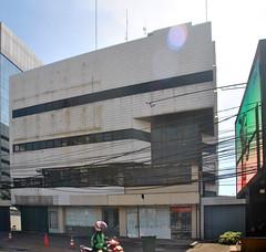 Gedung Fujifilm (Everyone Sinks Starco (using album)) Tags: jakarta building gedung architecture arsitektur office kantor