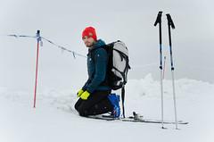 Odpoczynek po podejściu (Biegówki pod Tatrami) Tags: narciarz skitury kijki narty zima śnieg lyžař skialpové lyže skialpy polsko polské tatry
